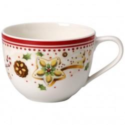 tasse à thé et soucoupe winter bakery delight