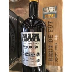 Whisky d'alsace AWA brut de fût, pinot noir 64.4°
